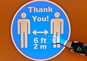 How to Safely Reopen Your Business with Virtual Signage